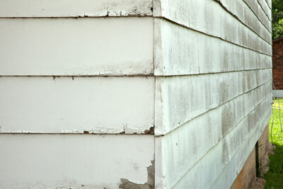 Can a Faulty Roof Damage Your Siding