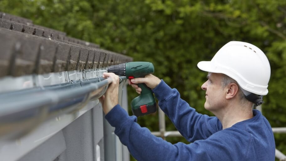 Why Should I Hire A Professional Roofer-